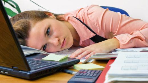 Даже если вы трудоголик и дорожите своей работой, иногда накатывает усталость, раздражение и желание все бросить! Как не доводить себя до такого состояния?
