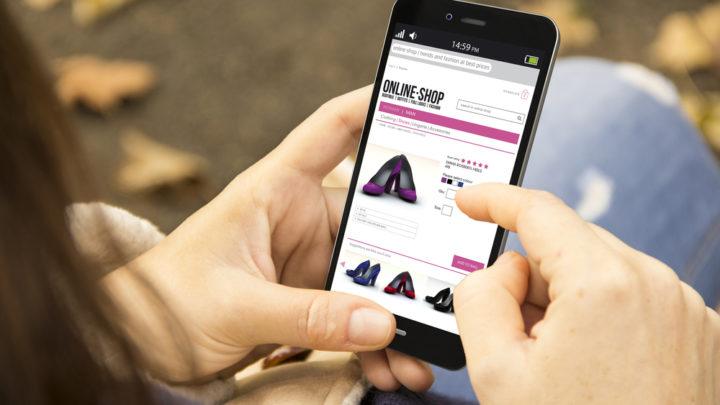 Интернет-магазины давно уже стали популярны в нашей стране. О самых известных наших и зарубежных сайтах одежды и аксессуаров – в этой статье.