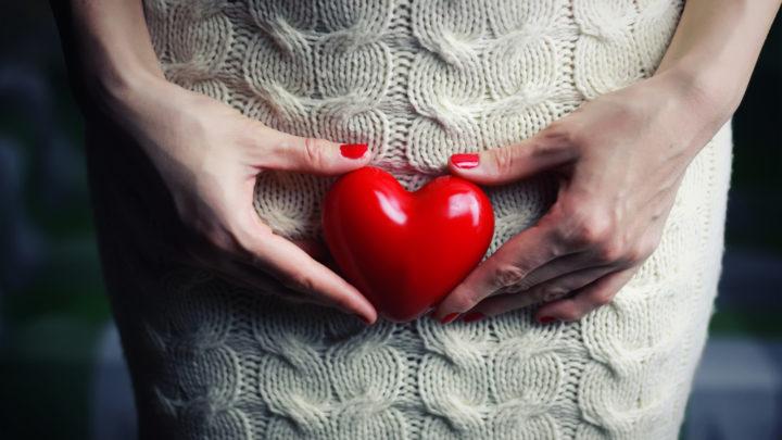 Виды интимной косметики. Что выбрать - дезодорант, гель, салфетки или интимное мыло. Основные принципы очищения интимных зон.